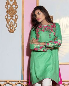 Eid.16 Pret (Cambric) Fabric: Dobby Product Code: SUDK1P-043-Green Price: PKR 3,880 #pret #eid #satrangi #shownow