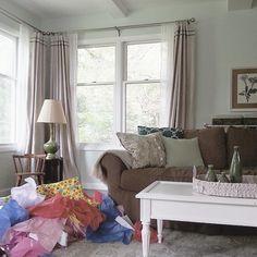 how to do living room routine http://lastdayprod.com/blog/living-room-decorating-furniture-options.html Check more at http://lastdayprod.com/blog/living-room-decorating-furniture-options.html