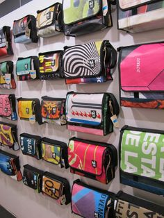 Vaho collection of man bags in Barcelona made from recycled material Freitag Bag, Pvc Fabric, Rice Bags, Green Bag, Banners, Recycled Materials, Man Bags, Leather Case, Bag Making