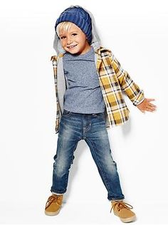 Baby Clothing: Toddler Girl Clothing: Featured Outfits Toddler Boy New Arrivals | Gap