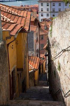 Dilapidated alleyway, Porto, Portugal
