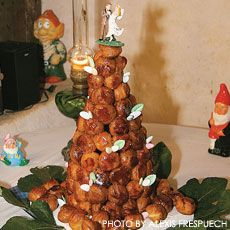 Tower of caramel-covered cream puffs