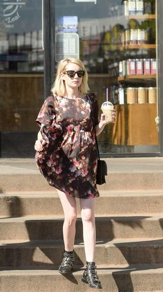 There are 2 tips to buy shoes, ankle boots, emma roberts, black dress, spring outfits. Spring Dresses, Spring Outfits, Emma Roberts Style, Queen, Beautiful Celebrities, Work Fashion, Everyday Outfits, Autumn Winter Fashion, Celebrity Style