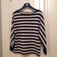 Tory Burch Sweater spring 3/4 dolman sleeve cashmere sweater in navy/white stripes. boat neck loose fit at waist looks great with jeans! Tory Burch Sweaters Crew & Scoop Necks