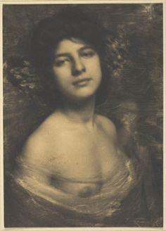 "Alfred Stieglitz ""Hortensia"" 1898. Art Experience NYC www.artexperiencenyc.com/social_login/?utm_source=pinterest_medium=pins_content=pinterest_pins_campaign=pinterest_initial"