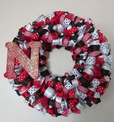 Handmade holidays, Day 2: Creative possibilities abound with looped ribbon wreaths - Omaha.com