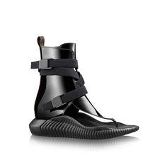 louis-vuitton-bahia-brazil-flat-sandal-shoes--AB8S1PTC02_PM2_Front view.jpg (2000×2000)