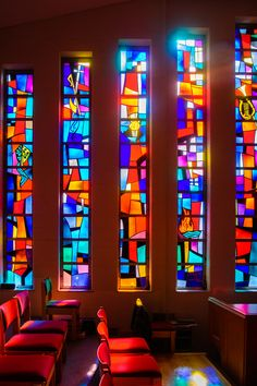 Contemporary Stained Glass Modern Stained Glass, Stained Glass Door, Stained Glass Designs, Stained Glass Patterns, Leaded Glass, Mosaic Glass, Modern Glass, Church Windows, Light Art