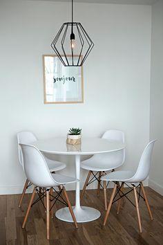 25 of our favourite millennial pink home decor picks 00013 * aux-pays-des-fleu…. Living Room Designs, Living Room Decor, Bedroom Decor, Apartment Design, Apartment Living, Pink Home Decor, Interior Decorating, Home Interior Design, Interior Ideas