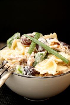 Nudelsalat mit Frischkäsedressing