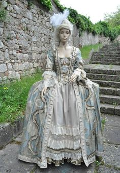 16th Century Fashion, 18th Century Dress, 18th Century Costume, 18th Century Clothing, Mode Rococo, Rococo Style, Victorian Fashion, Vintage Fashion, Mode Renaissance