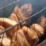 (Visited 100,603 times, 2 visits today) S-ar putea să vă intereseze și: Jambon de casă, în două variante Salam de vară de casă Cârnați măcelarești de Burdujeni Babic de Buzău Charcuterie, Romania Food, My Recipes, Cooking Recipes, Cornbread Muffins, Smoking Meat, Cata, Preserving Food, Diy Kitchen