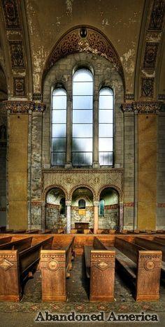 church of the transfiguration, philadelphia pennsylvania - photographs by matthew murray of abandoned america
