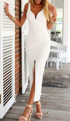 Vestido largo blanco sin espalda