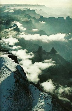 Snow on the Drakensberg Range, South Africa National Geographic, June 1977 South Afrika, Kwazulu Natal, Out Of Africa, East Africa, Pilgrimage, Natural Wonders, Continents, Tourism, Beautiful Places