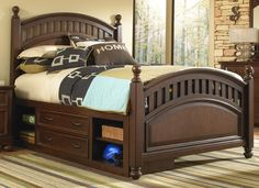 Expedition Panel Bed with Storage
