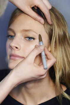 The makeup trick for perfect eyebrows