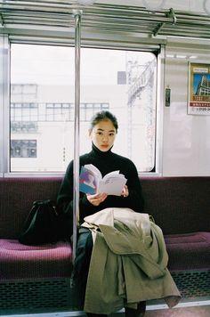 Girl Photography, Street Photography, Fashion Photography, You Are My Moon, Japanese Photography, Aesthetic Japan, Photo Reference, Looks Cool, Japanese Fashion