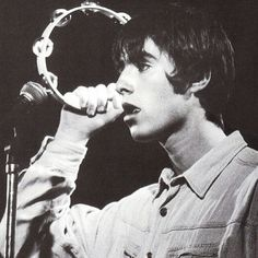 be cunning & full of tricks - liam gallagher Noel Gallagher, Liam Gallagher Oasis, Liam Gallagher 1994, Oasis Lyrics, Oasis Music, Music Love, Good Music, Oasis Band, Liam And Noel