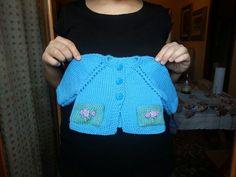 Regalo di Nonna Lucia per Fiammetta pura lana merino extrafine lavorato e ricamato a mano.