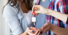 Forget waiting on Millennials, Gen Z is starting to buy homes. Who comes up with these generation names? Real Estate Articles, Real Estate Information, Real Estate Tips, Real Estate Sales, Phoenix Real Estate, Exit Realty, Home Buying Tips, Backyard Projects, Home Ownership