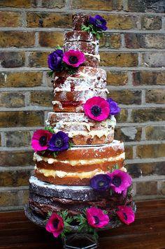 http://www.motherofthebride.com.br/2012/08/bolos-de-casamento-sem-pasta-americana.html