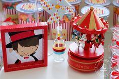 Detalhes para a festa de 1 aninho do Bernardo no tema circo! #party #festa #circo #festacirco