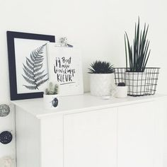 13 Refined Minimalist Decor Ideas 5 Surprising Useful Tips: Minimalist Kitchen Diy Small Spaces minimalist interior decor fireplaces.Cozy Minimalist Home Rugs classic minimalist interior ceilings. Minimalist Kitchen Diy, Interior Design Minimalist, Scandinavian Interior Design, Scandinavian Home, Minimalist Bedroom, Minimalist Decor, Minimalist Scandinavian, Minimalist Living, Modern Minimalist