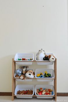 DIY Toy Organizer | organize toys with free plans for this DIY storage shelf from Bitterroot DIY