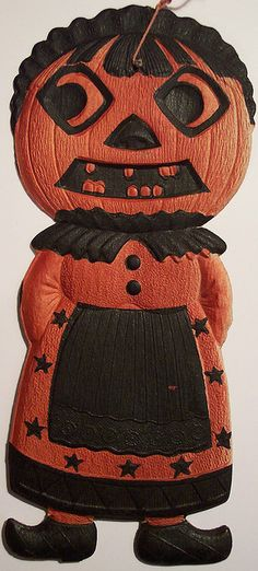 A bit over 8 inches tall Halloween Eve, Holidays Halloween, Spooky Halloween, Halloween Themes, Halloween Pumpkins, Happy Halloween, Retro Halloween, Vintage Halloween Images, Vintage Halloween Decorations