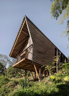 Perched overlooking a rural landscape in the Department of Cudinamarca, Casa Tejida or Woven House was designed for the owners of a coffee plantation in 2019.