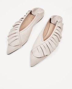 Image 4 of FRILLED LEATHER BALLERINAS from Zara