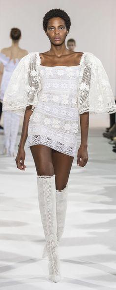 "Celia Kritharioti ""Psyché "", Spring-summer 2018 - Couture - http://www.orientpalms.com/Celia-Kritharioti-7058 - ©ImaxTree"