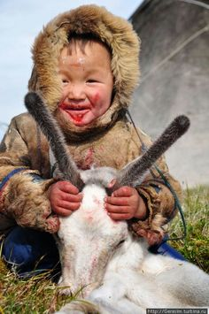 Free English Lessons, Learn English For Free, Inuit People, Some Beautiful Pictures, Photographs Of People, People Of The World, Face Art, Cute Kids, Samoyed