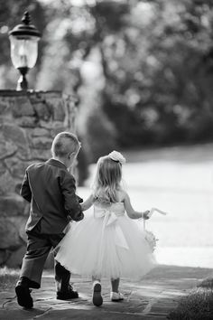 Adorable flower girl and ring bearer | Kristyn Hogan Photography | see more on: http://burnettsboards.com/2014/10/lavender-southern-wedding/