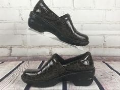 Born Concepts BOC Peggy Animal Print Leopard Nurse Clogs shoes Women size 6.5 37 #Brn #Clogs