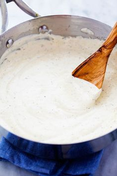 The Best Homemade Alfredo Sauce Ever! | This alfredo sauce is thick and creamy and the flavor is out of the world.  It is restaurant quality that you can make right at home.  It has delicious garlic flavor and Italian seasonings.  | The Recipe Critic
