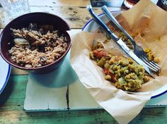 I eat out too much had Turtle Bay for lunch! There wasn't many vegan options so I just had to go for what they had SW friendly or not - Roti with curried chickpeas and a side of rice n beans - I ate half before I took a picture. SO. GOOD. #slimmingworld #slimmingworlduk #slimmingworldideas #slimmingworldmafia #slimmingworldfamily #sw #swmafia #swvegan #swfriends #weightwatchers #weightlossjourney #weightloss #vegan #veganfoodporn #veganfood #freeleethebananagirl #rawtill4 #jamaicanfood…