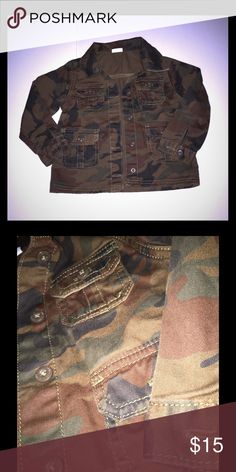 Toddler Boy Camo Jacket 3T Our fav. Camo jacket to date! More of a fitted style vs a trenchy style. Darker camo vs the light camo that most jackets are found in. Excellent condition, no damage or signs of wear:) Jackets & Coats