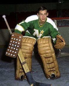 Gilles Gilbert - Minnesota Hockey Room, Women's Hockey, Hockey Cards, Minnesota North Stars, Stars Hockey, Boston Bruins Hockey, Goalie Mask, National Hockey League, Sports Art