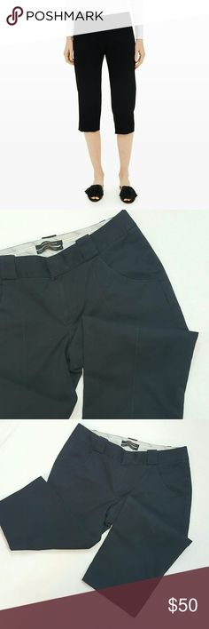 Club Monaco black capris Club Monaco black capris in good condition 15in inseam Club Monaco Pants Capris