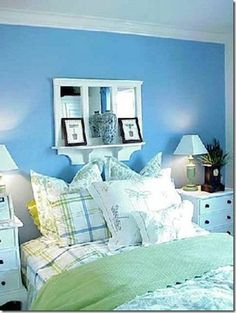 This is a cool colored room with the mixture of blues and greens.- Lily likes this blue