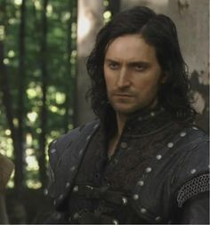 Armitage as Guy of Gisborne - visual inspiration for Ballard de Sauveterre.