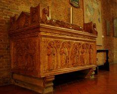 Sepolcro della famiglia Scotti nella chiesa di San Giovanni in Canale a Piacenza