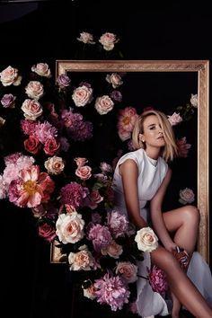 Flowers Fashion Photography Inspiration New Ideas Artistic Photography, Photography Women, Creative Photography, Editorial Photography, Wedding Photography, Photography Flowers, Photography Ideas, Colour Photography, Photography Studios