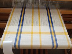 The end of towel 1 (Anna Towel kit from Glimakra) Weaving Designs, Weaving Projects, Weaving Patterns, Fabric Patterns, Loom Weaving, Hand Weaving, Fabric Weaving, Dish Towels, Tea Towels