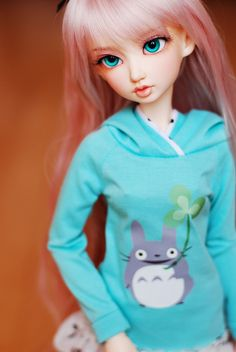 Soony and Totoro ~ two of my favorites. Izzy by drplum has such gorgeous eyes.
