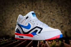 "Nike Air Tech Challenge 2 ""Photo Blue"""