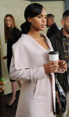 If you love Scandal fashion (and I know that you do) then you've probably already checked out my episode of Shop the Shows that reveals the secrets of Olivia Pope's Scandal style. Olivia Pope Wardrobe, Olivia Pope Outfits, Olivia Pope Style, Work Wardrobe, Carolyn Bessette Kennedy, Cara Delevingne, Trench Coats, Belted Coat, Gossip Girl