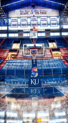brandenhughes: I took this at Allen Field House Beware of the Phog Kansas Jayhawks Basketball, Kansas Basketball, Ku Bball, Basketball Season, Basketball Design, University Of Kansas, Kansas City, Ku Sports, Sports Teams